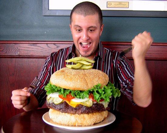 10lb-monster-burger-challenge.jpg