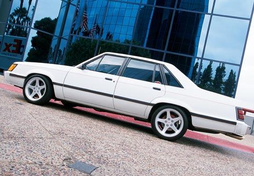 110large-1985-ford-ltd-lx-side-view.jpg