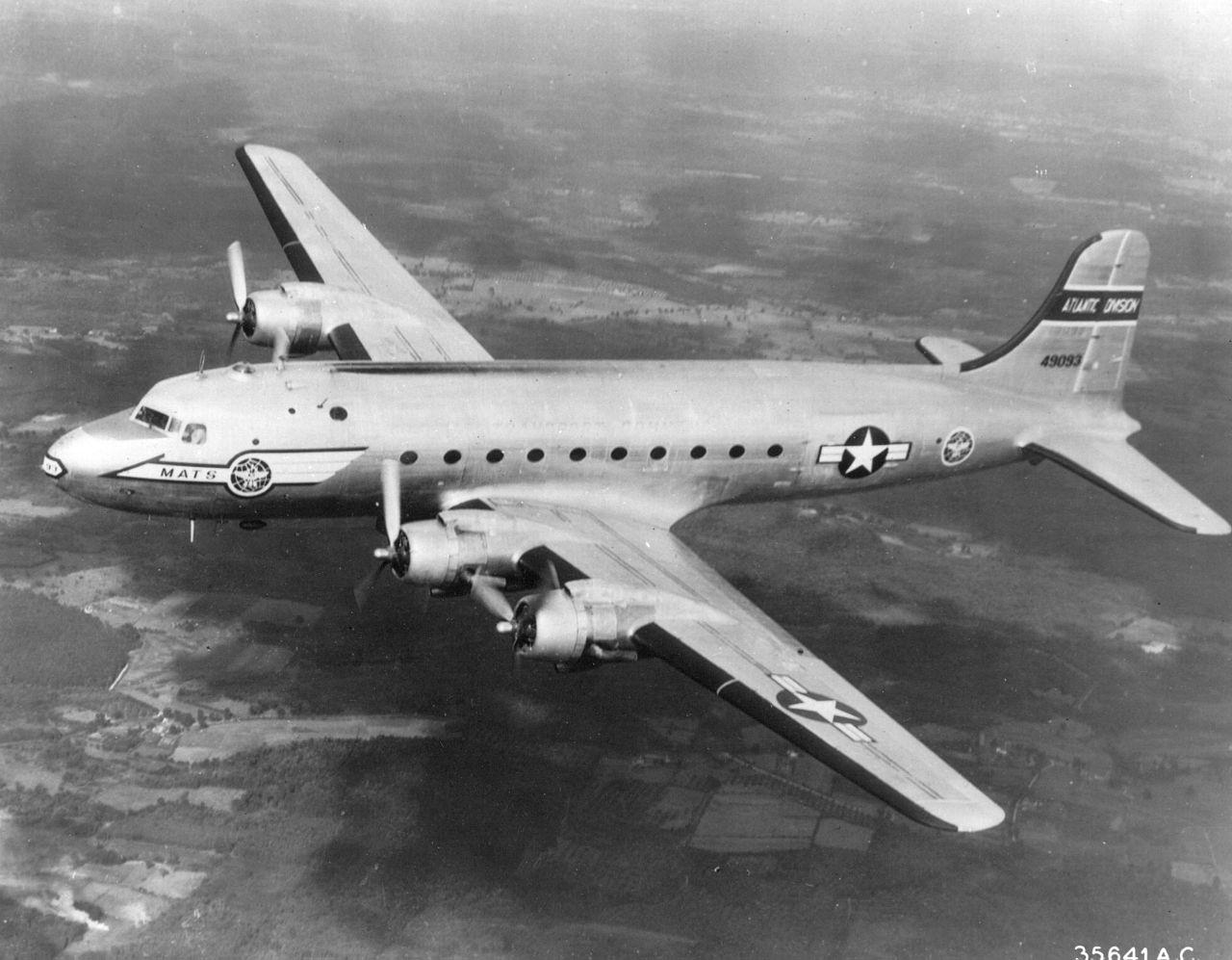 1280px-An_USAF_C-54_Skymaster.jpg