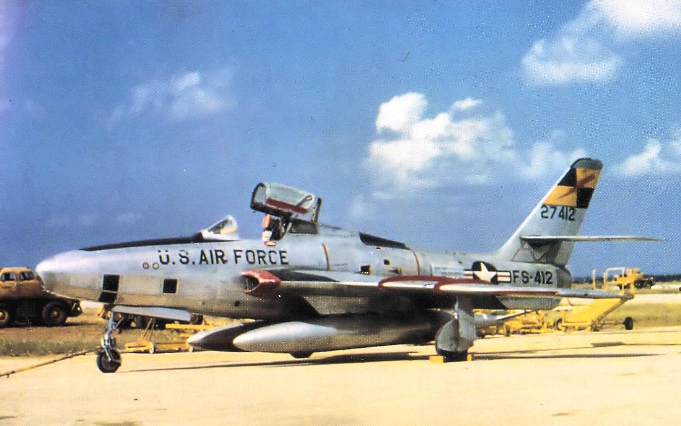 15th_Tactical_Reconnaissance_Squadron_Republic_RF-84F-30-RE_Thunderflash_52-7412.jpg