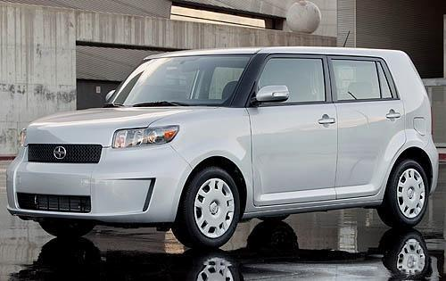 2008_scion_xb_wagon_base_fq_oem_2_500.jpg