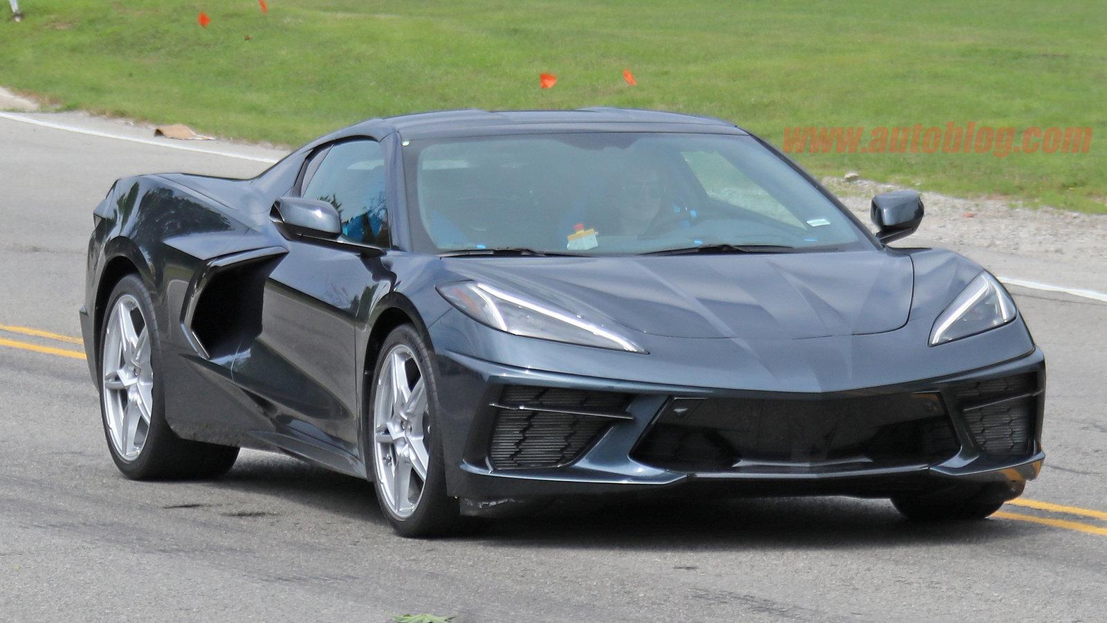 2020-chevy-corvette-stingray-c8-spy-shots-01.jpg