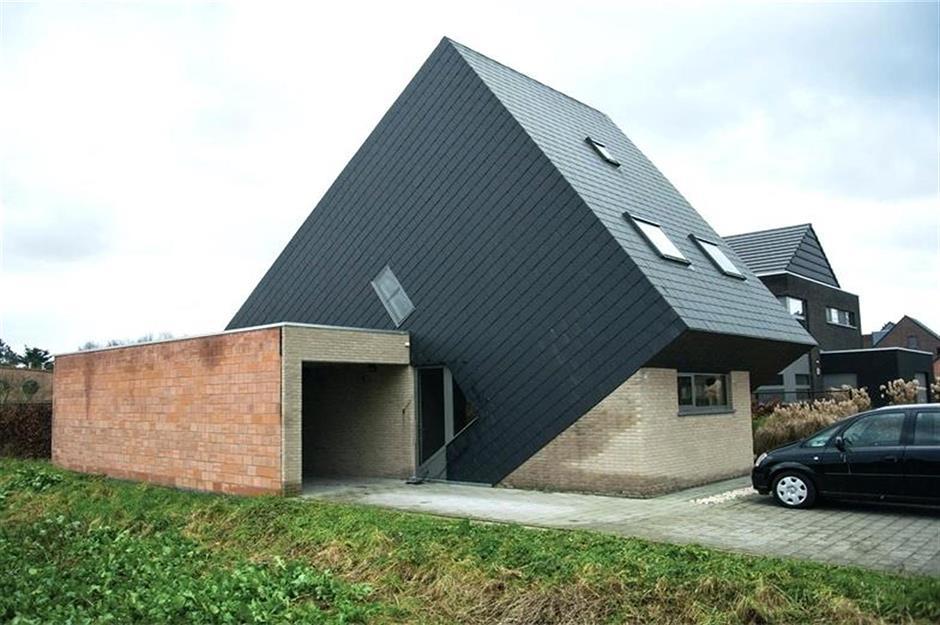 6434987f-adfe-4b79-aa04-45fc49bc2abe-worlds-ugliest-houses-ugly-belgian-houses.jpg