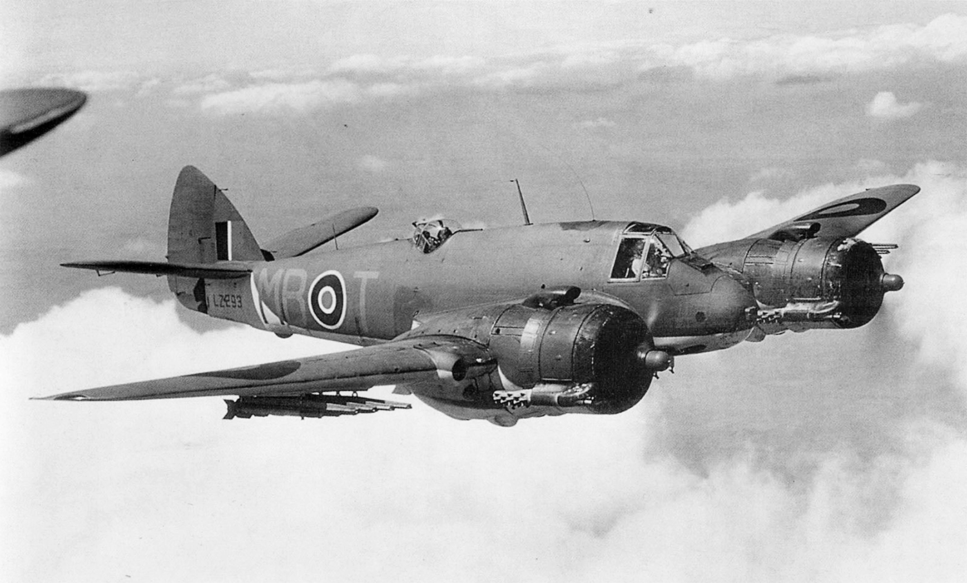 Beaufighter-MkX-RAF-236Sqn-MBT-LZ293-Coastal-Command-England-IWM-CH18538.jpg