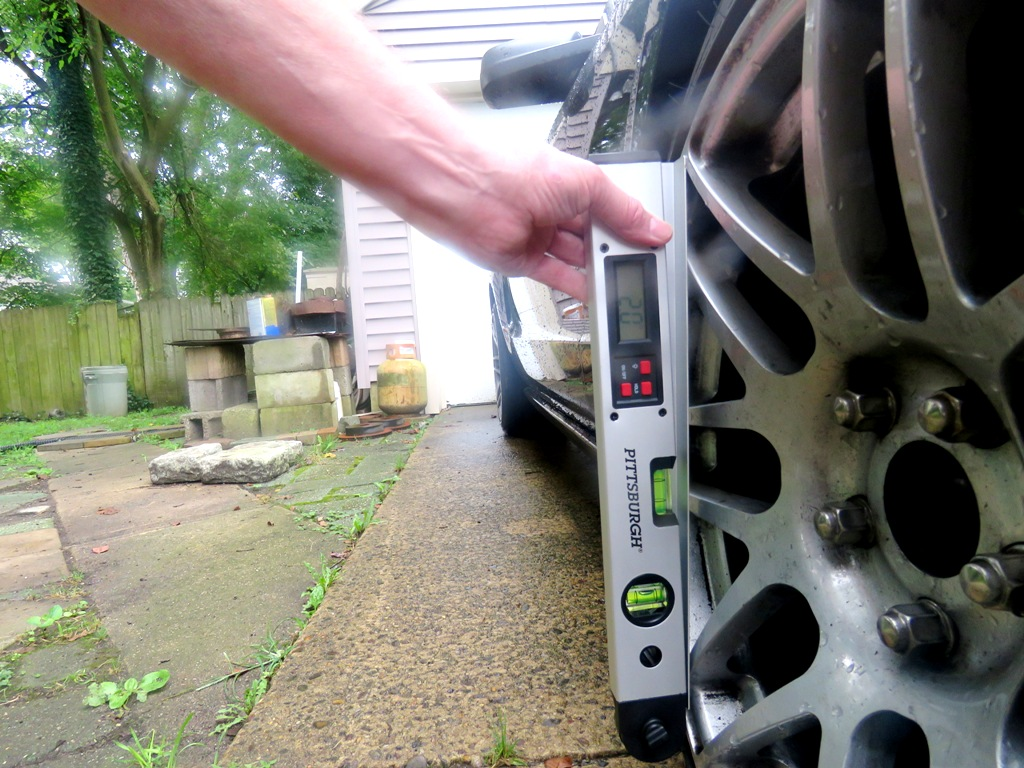 Camber measurement by digital angle finder.jpg