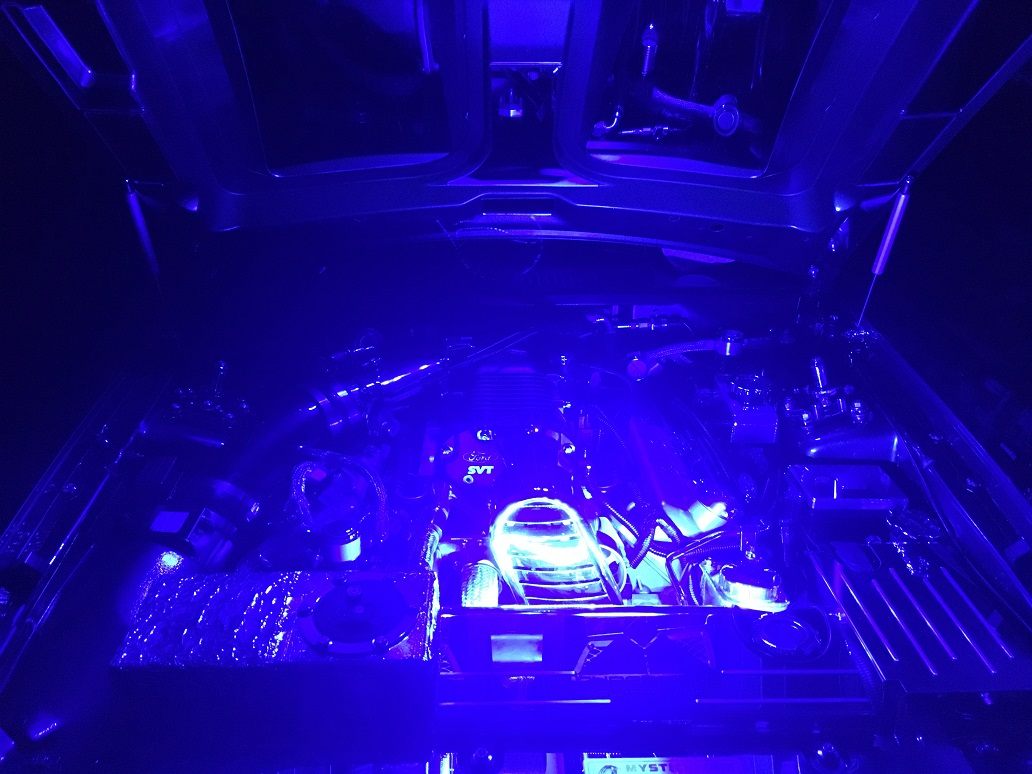 Engine Bay Lights 003.JPG