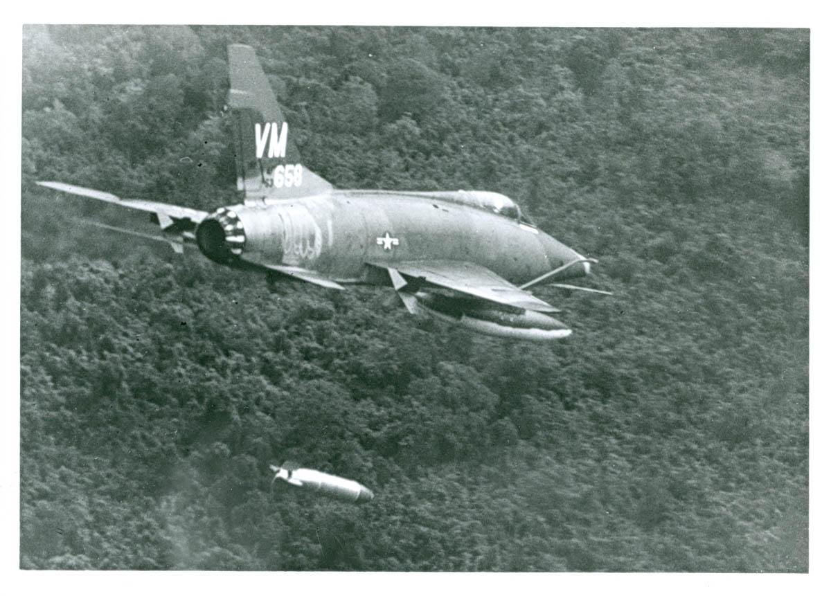 F-100_Drop.jpg