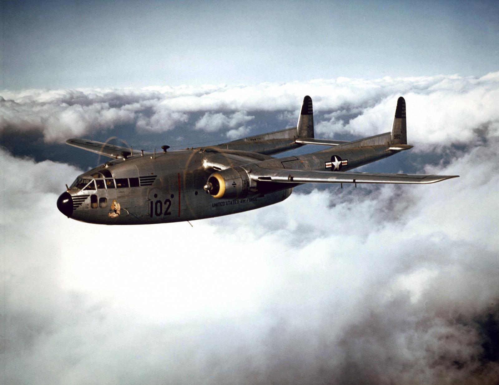 Fairchild_C-119B_of_the_314th_Troop_Carrier_Group_in_flight%2C_1952_%28021001-O-9999G-016%29.jpg