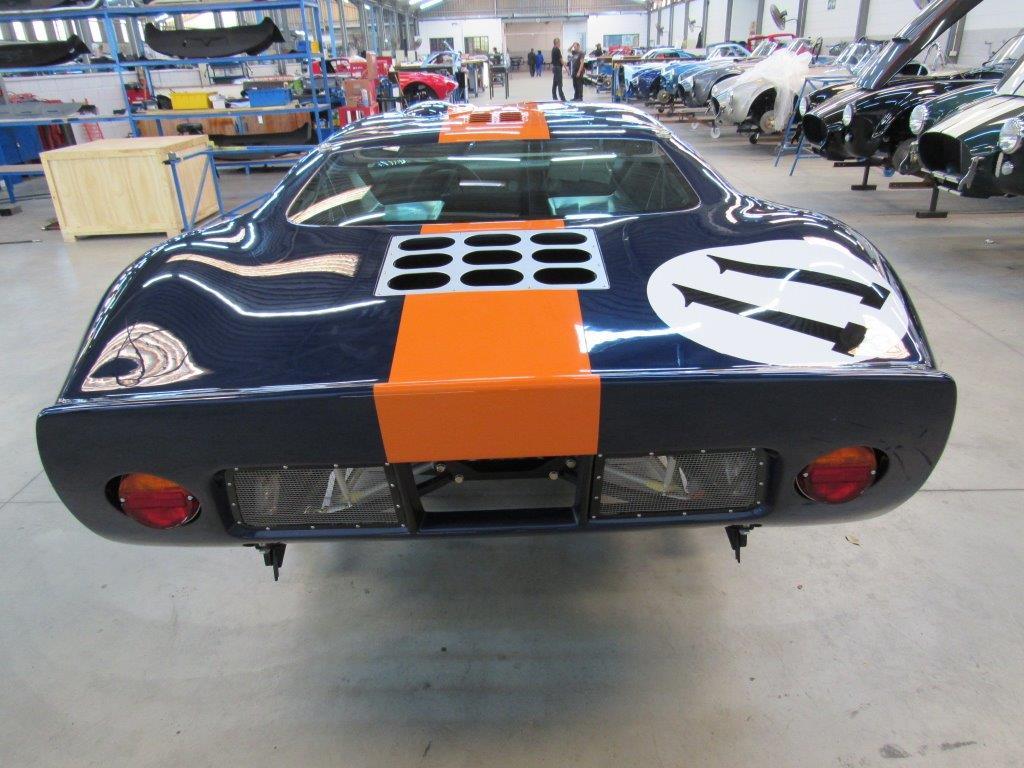 GT40 P2393 (3).jpg