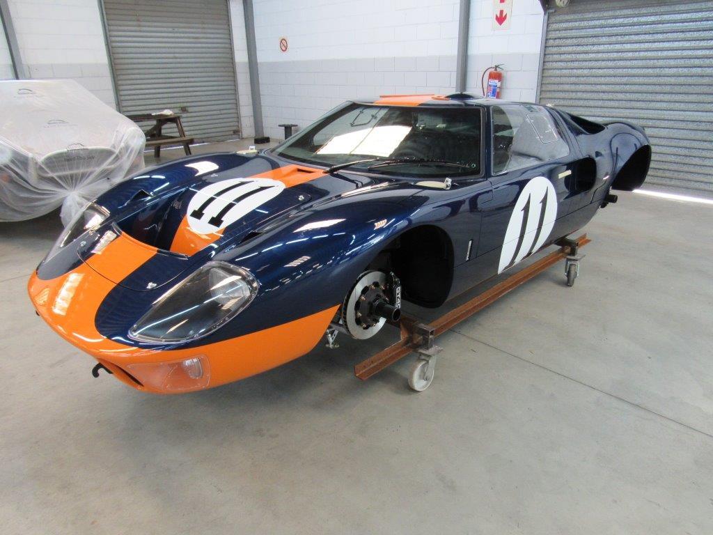GT40 P2393 (5).jpg