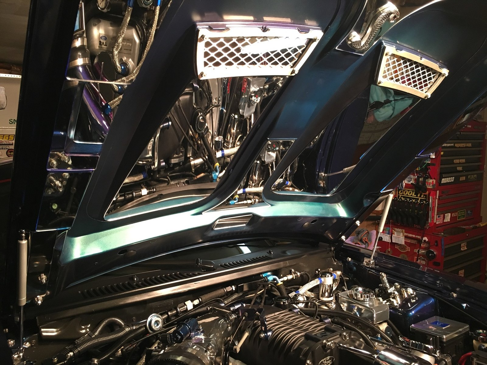 Mirrored Engine Bay 005.JPG