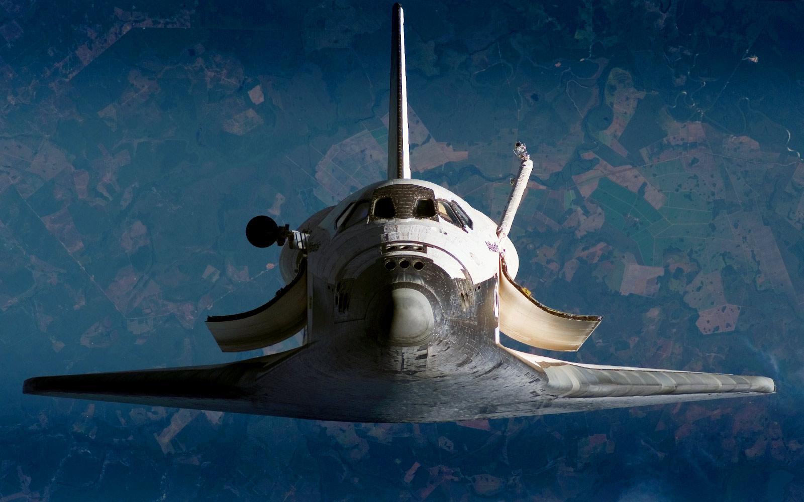 Space-Shuttle-Atlantis-2.jpg